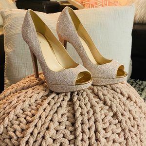 💗✨**NWT Nina Light Pink Glitter Platform Heels**